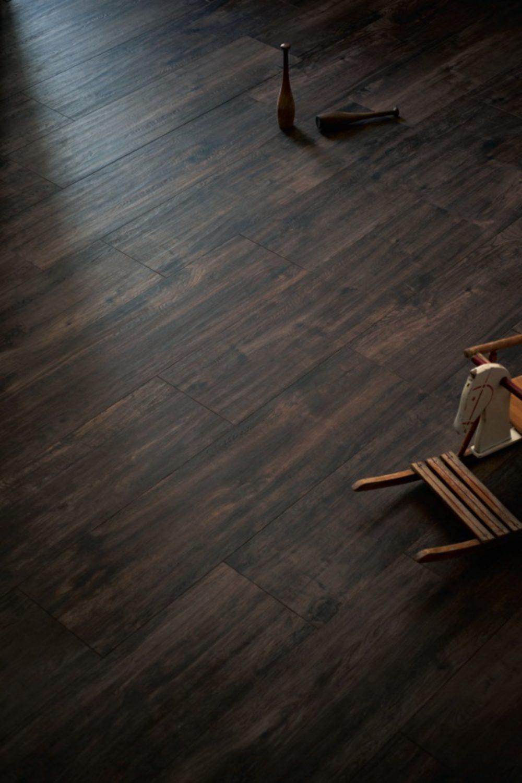dark wood effect porcelain tiles